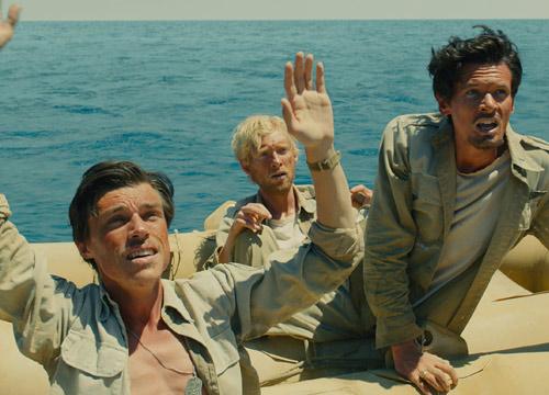坚不可摧 : 一个关于生存、抗争和救赎的二战故事