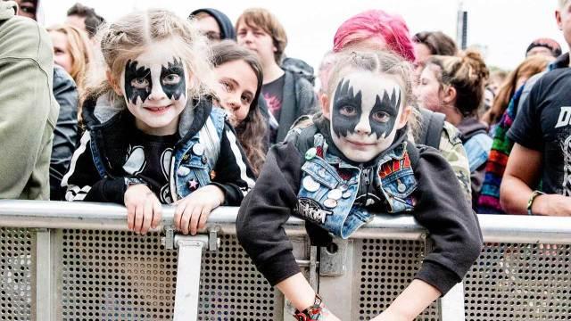 乐迷之间零代沟,证明了金属音乐的包容性