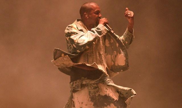 Kanye West 开始着手于新专辑《Turbo Grafx 16》