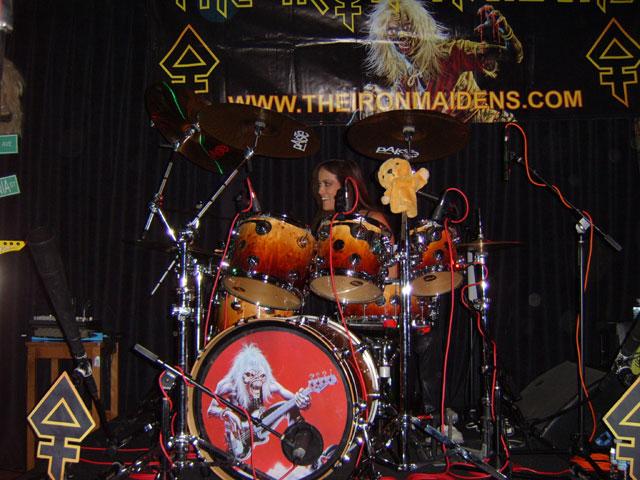 The Iron Maidens女鼓手