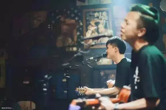 [有演出]一三乐队丨小镇青年,弹唱给你听